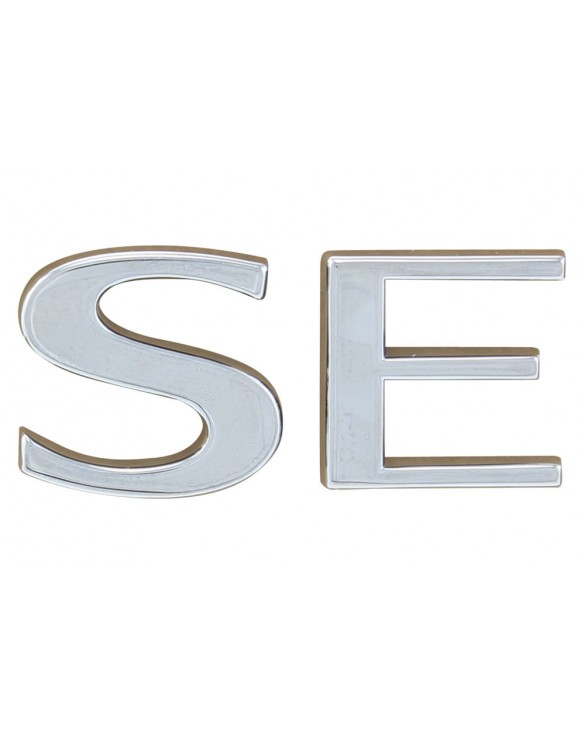 Front Wing Badge SE